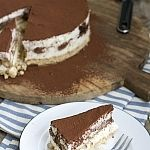 Tiramisu Philadelphia Cheesecake (VIDEO)