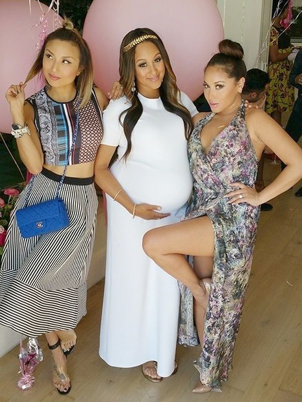 Tamera Mowry-Housley Celebrates Her Pretty in Pink BabyShower http://celebritybabies.people.com/2015/04/09/tamera-mowry-housley-pregnant-baby-shower-photos/