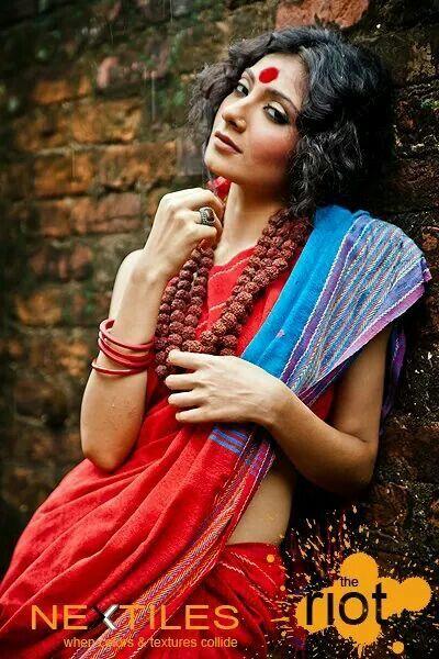 Red and tirquoise noil saree..... Nextilish!!