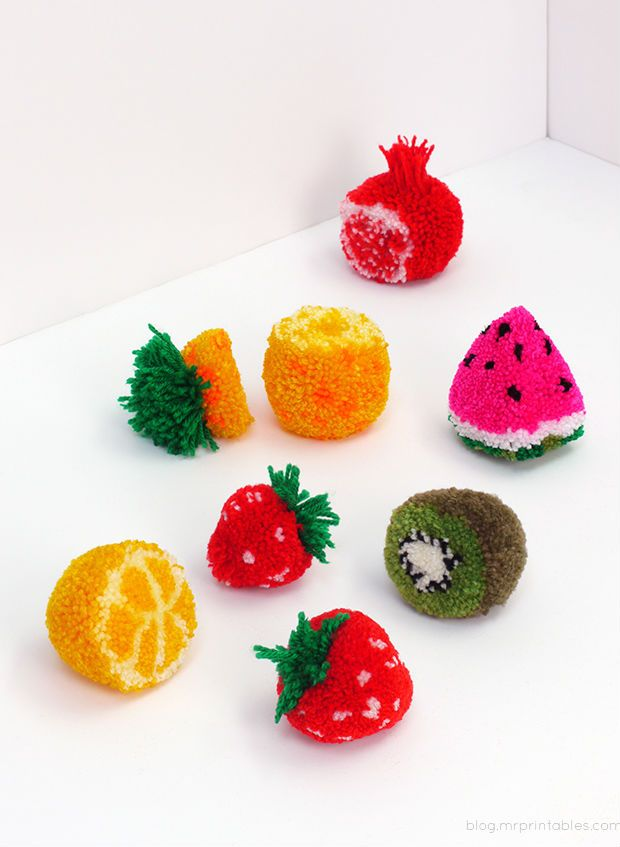 Frutas de pompom de lã passo a passo