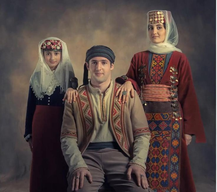 Armenian family in traditional costume. photo by Atelier Marshalyan