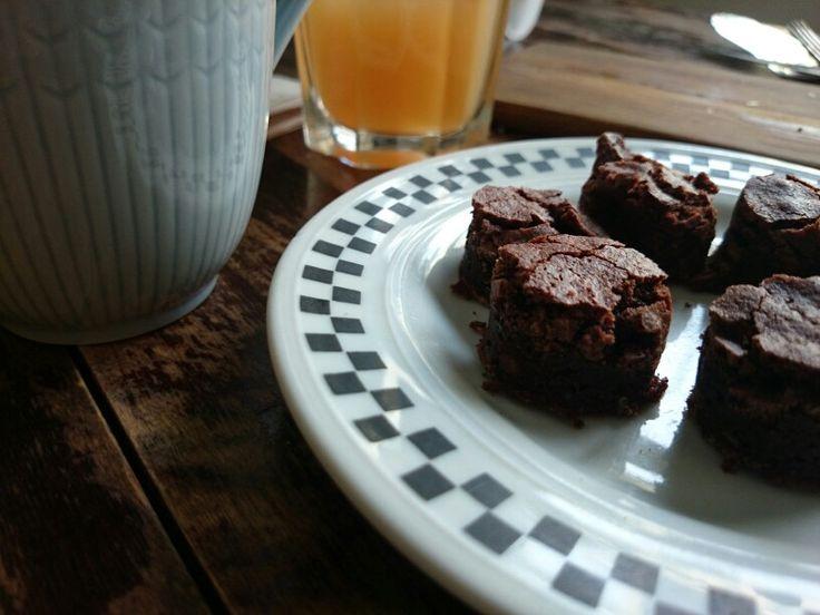 Petit four brownies