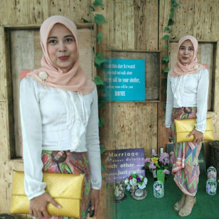 🌸 peach hijab 🌸 Broken white blouse by The Executive 🌸 batik rangrang pastel I've got from Pekalongan