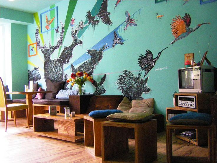 Edelkiosk // gemütliches veganes Café - Täglich frisch gebackene süße und herzhafte Backwaren, Frühstück am Wochenende // 100 % VEGAN