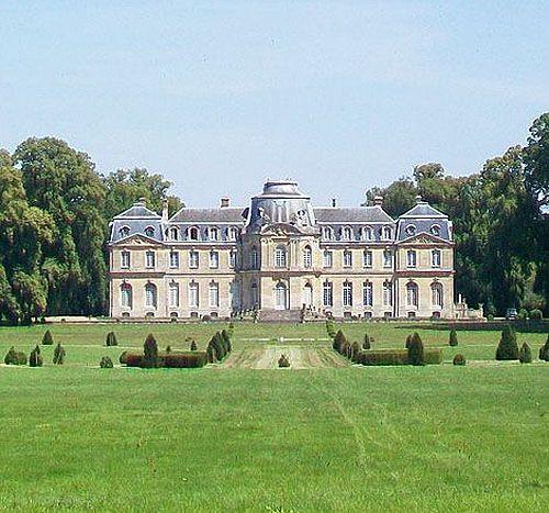 Château de Champlâtreux, Epinay-Champlâtreux, Val-d'Oise, Île-de-Franc, France - www.castlesandmanorhouses.com