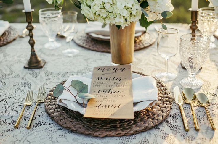 Sunset Florida Wedding Inspiration : menus printed on kraft paper with a gorgeous vintage doily style table covering / photo by Cristina Danielle Photography