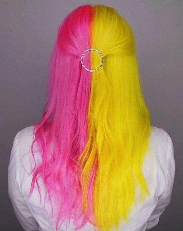Pin By Skullbubbles On Hair Color Split Dyed Hair Beautiful