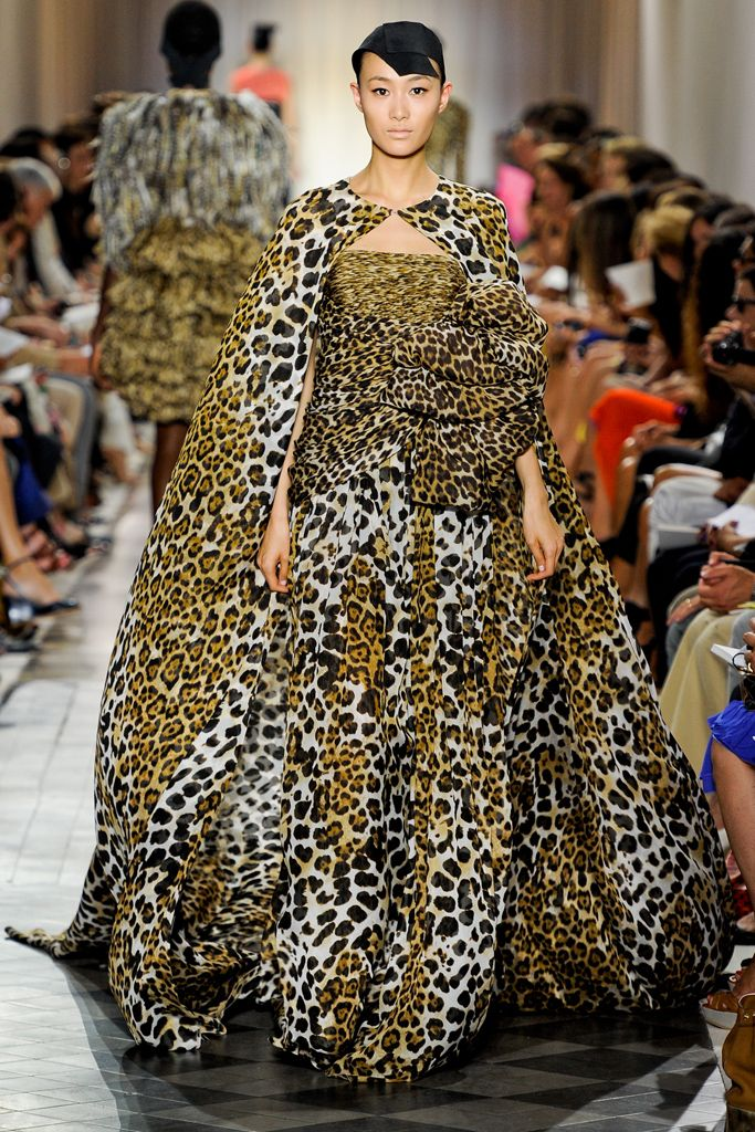 Giambattista Valli Fall 2011 Couture Collection Slideshow on Style.com.  Elegant + mature + barbaric = not the easiest thing to pull off, either for a designer or a wearer. Great work here!