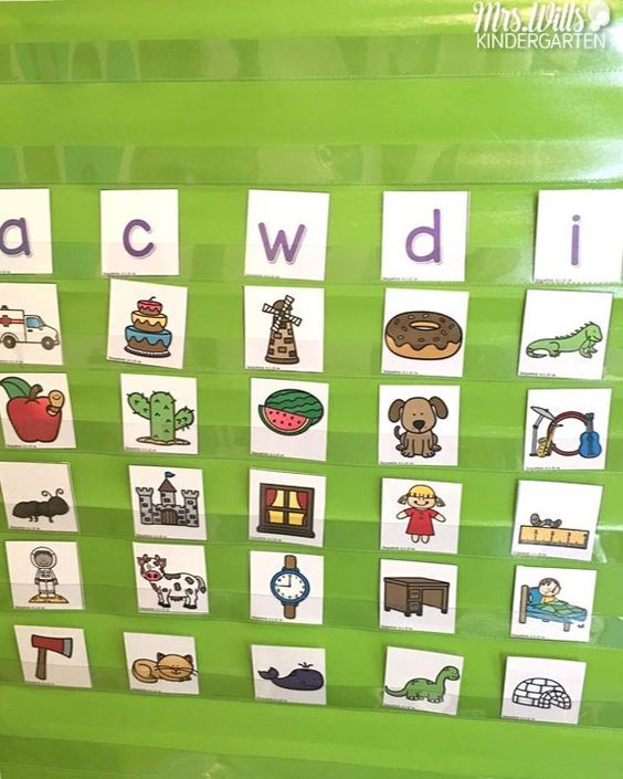 Sound Sorting Activities for little learners. Wondering how to include fun sound and letter sorting activities into you kindergarten class? This post will highlight lessons for : letters, beginning sounds sorts, digraph sort, blends, long and short vowels