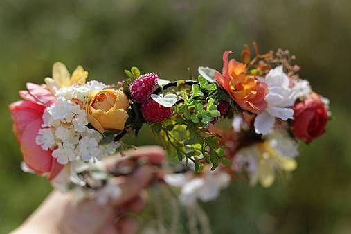 Kvetinový veniec pre divožienku od Magaely (www.sashe.sk/Magaela)