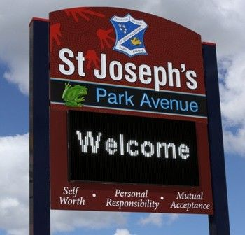 st_josephs_park_avenue_led_sign_board