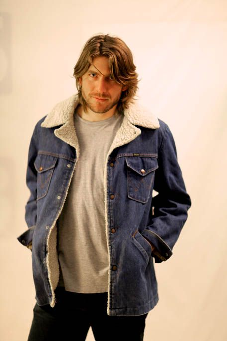 Wrangler denim sheepskin lined jacket.  Denim Jacket - Wrangler denim will cost you $145.00. Our collection is perfect for any vintage lover in Melbourne looking for quality vintage leather jackets, woollen jackets, Wrangler denim sheepskin lined jackets without paying a lot of money.