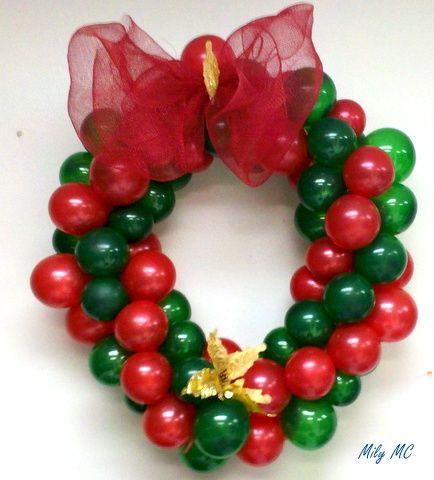 Christmas balloon wreath