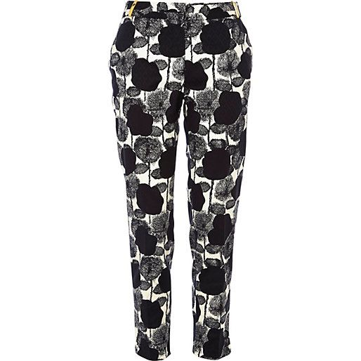 Black and white floral print cigarette pants