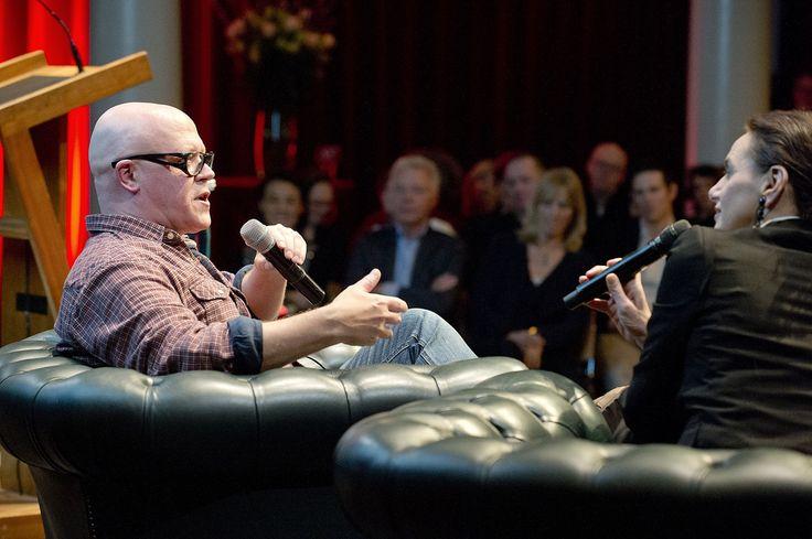 Marnix Peeters en Anna Luyten in gesprek tijdens de lancering van Hollands Diep. ©Geert Snoeijer