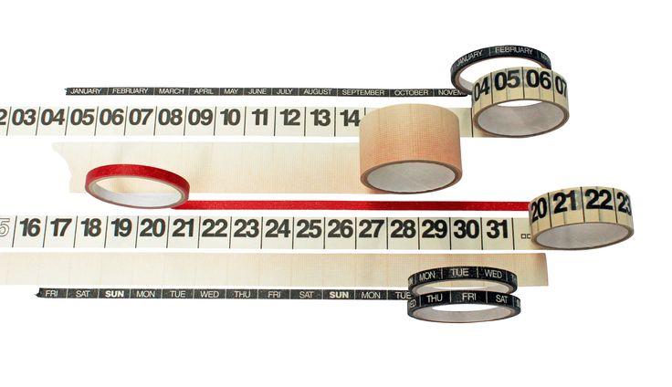 Met de Year Round Planner maak je overal die nooit eindigende to-do-lijst. Acht rollen masking tape voor op muur, raam of deur: handig voor eigen projecten of die (yes, eindelijk!) strakke planning voor je gezin. € 24,95 cadeau-cadeau.nl