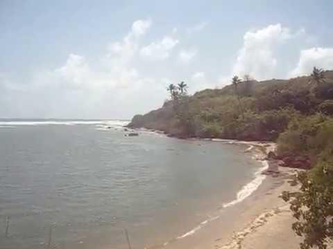 Aare ware beach on the way to Ratnagiri.
