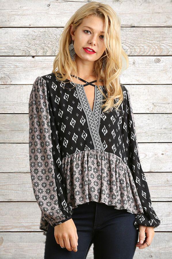 umgee-black-criss-cross-print-top