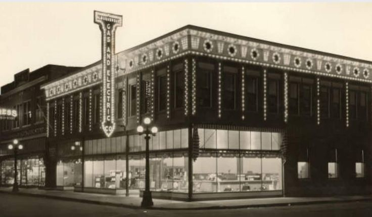 Albuquerque Gas and Electric Company at night, 420 W Central, 1930