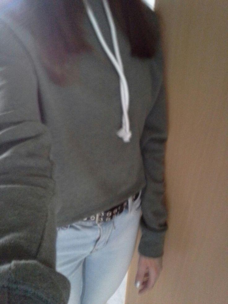 Mein heutiges Outfit geht erstmal klar. Neues Oberteil von H&M
