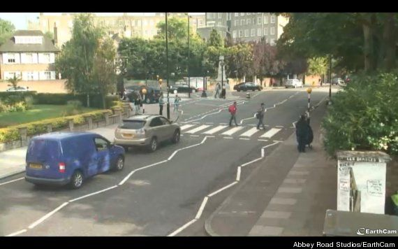 Live Feed Of Abbey Road Crossing Is The Best Thing You'll Watch All Day
