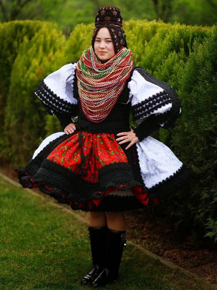Romanian Bride from Oas region , Racsa, photo Alexandru Feher