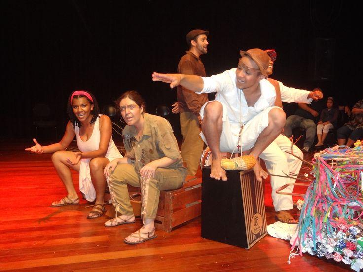 """A Cia Andarilha fará duas apresentações na próxima segunda e terça-feira (9 e 10) da peça teatral """"Viramar"""" que foi inspirada nas obras de Graciliano Ramos e Raquel de Queiroz."""