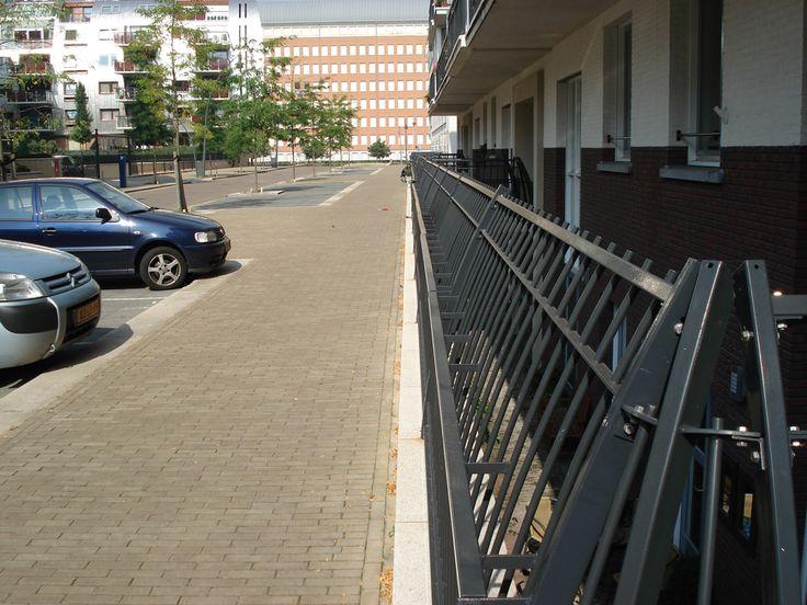 Stalen hek Paleiskwartier 's-Hertogenbosch | Van Empelen en Aalderen Partners BV