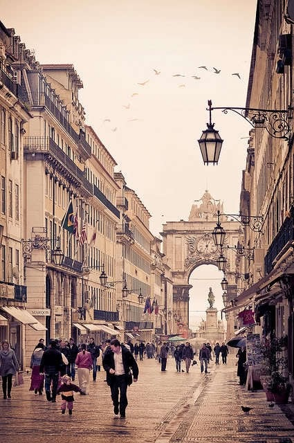 Lisbon #Portugal - downtown and #Arch of #triumph