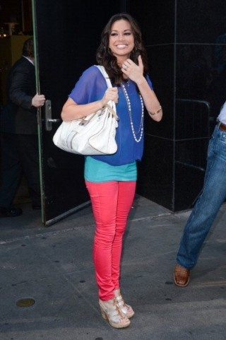 Melissa Rycroft neon jeans. love the outfit