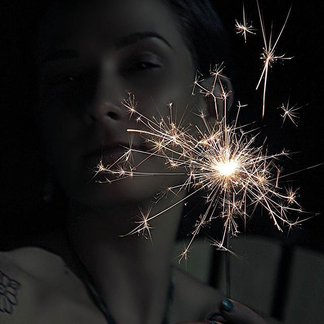 I use to hold grudges but you can't be mad at people for being who they are. Hate holds you back. Leave them alone and blind them with your glow Quote: ??? #portrait #portraitfun #portrait_ig # #portraitphotography #creativephotography #creativeportraits #dark #sparklers #nightportrait #nightphotography #bramptonphotographer #JLee_Portraiture #endlesscreationsphotography