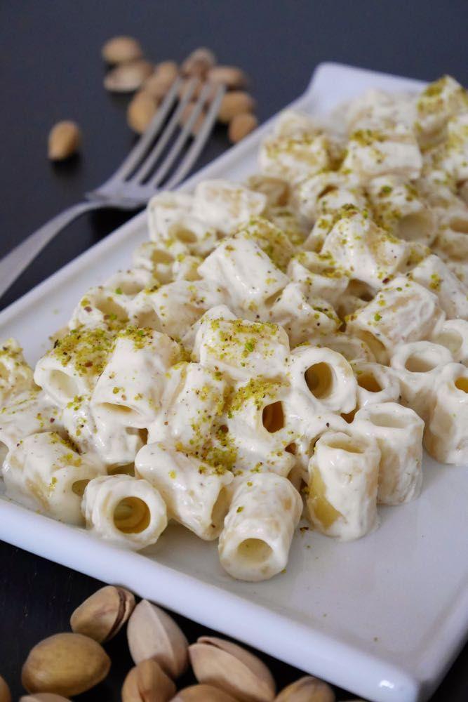 Pasta con pesto di ricotta al pistacchio