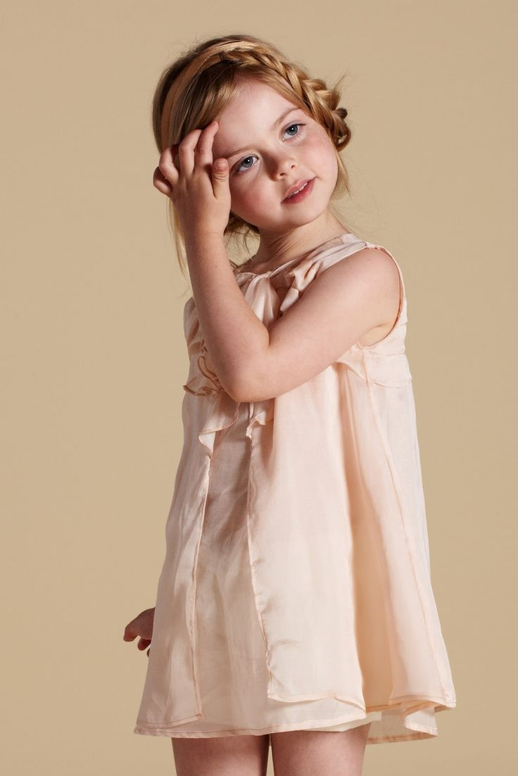 .: Girl, Fashionista Kids, Sweets, Flower Girlz, Dress Girl, Flower Girl Dresses, Flower Girls, Kid Braids