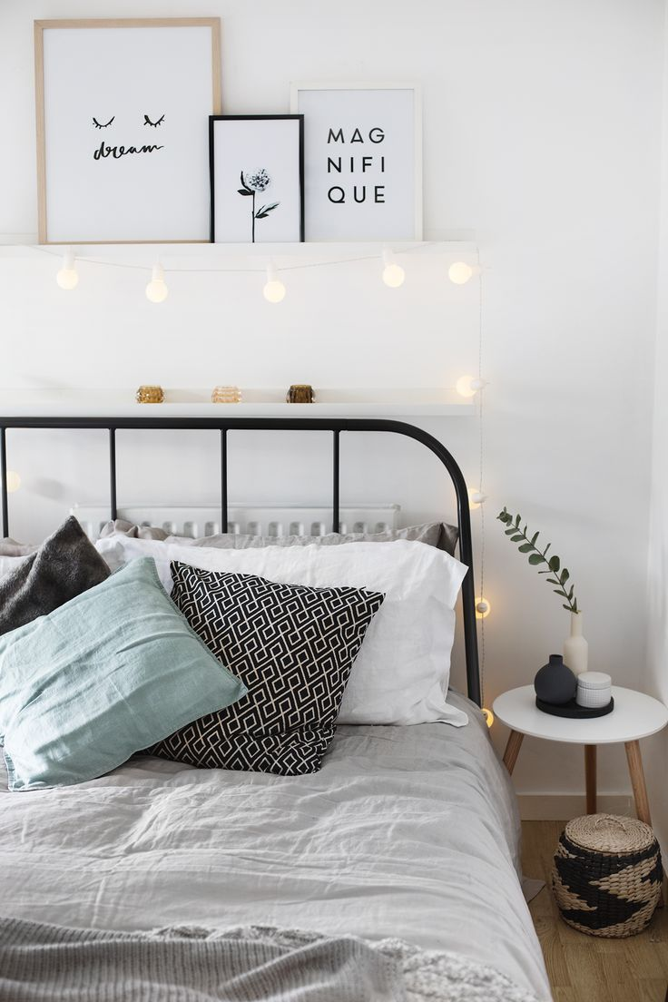 Bedroom wall decorating ideas picture frames - Cute Bedroomstyling With A Few Accesories And A Lightstring Simple Apartment Decorapartment Bedroom