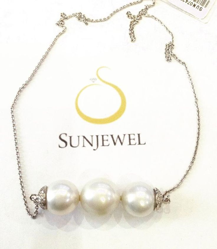 SUN07420-0 South Sea Pearl Necklace by Sunjewel Elite  Round Diamond 0.36 Carat (110pcs) Gold 4.4 Grams White Gold 14-Karat  We offer 12 mos. 0% Interest on major Credit Cards, and up to 18 mos. 0% Interest on your BPI Cards  Contact Sunjewel Team for discounts/promos & further inquiries Mobile/Viber: 0915.3098288 / 0917.8036244 / 0915.6085158 Tel: 910.3407
