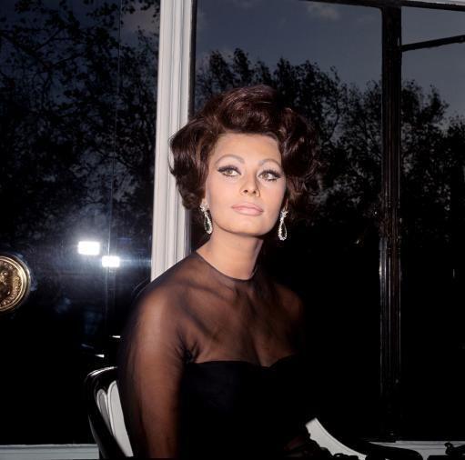Sophia Loren Finally Explains Why She Gave Jayne Mansfield The Side-Eye | Huffington Post