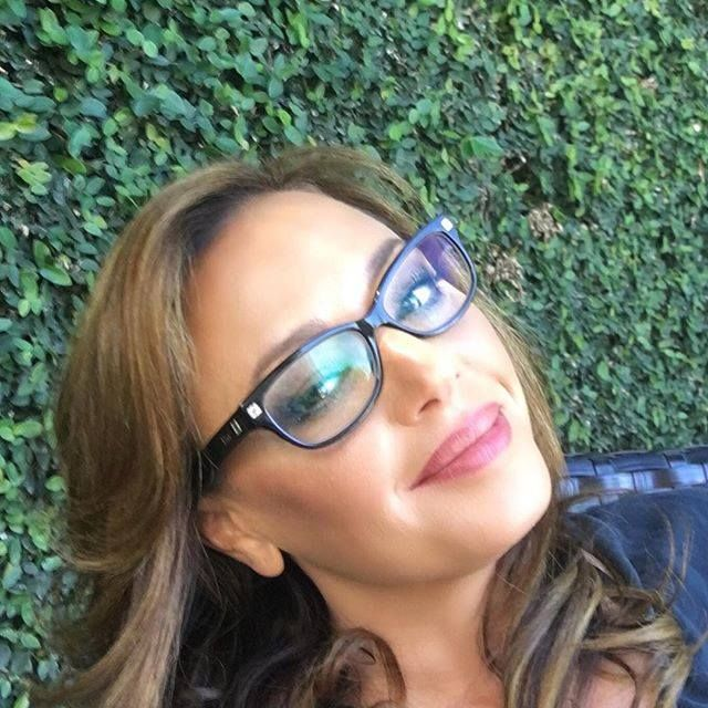 ♥♥♥Leah Remini♥♥♥ I didn't think I could love this chick more, but just finished watching the last episode of her a&e show. I have cried and reveled at every episode and I admire her spunk and her soft mushy loving soul even more. Truly wonderful human being, and such a good wife and Mama.