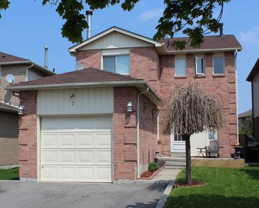 SOLD!!! New listing!!! Ajax Home for Sale! 7 Allard Ave!