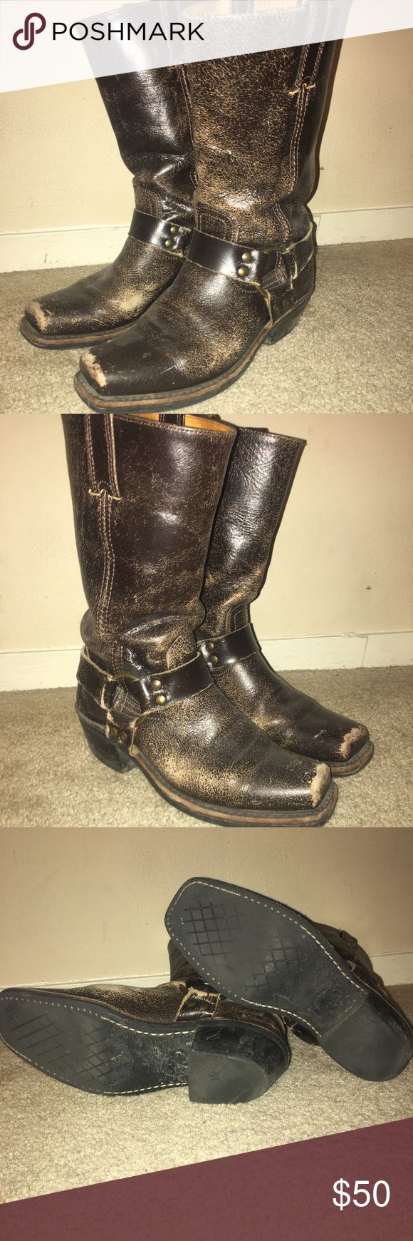 VINTAGE women's  Frye Harness 12R Vintage frye harness boots that look worn in a good way! Still fit and solid boot so they last forever I just wanted a new color! Frye Shoes Combat & Moto Boots