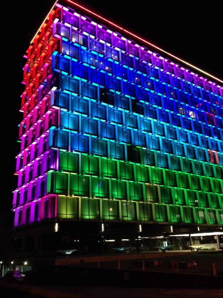 Gorgeous Council House in Perth is lit up every night