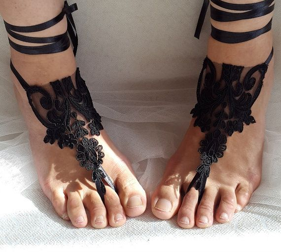 Hey, I found this really awesome Etsy listing at https://www.etsy.com/listing/470615352/bridal-accessories-black-lace-wedding
