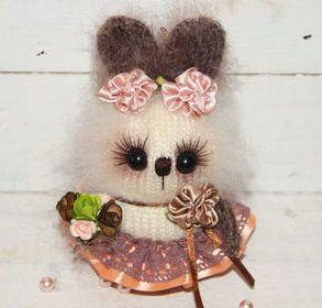 Cream bunny Easter bunny knitted rabbit hand knit bunny heart