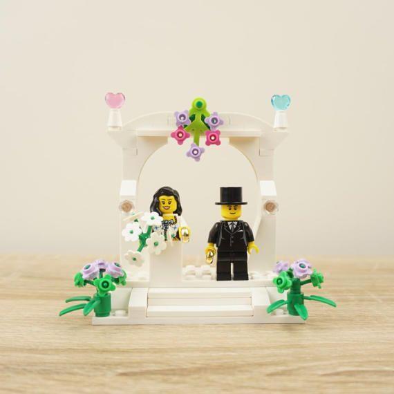 Wedding Cake topper, Lego bride and groom, Lego cake topper, Lego wedding cake topper, Lego Wedding, Lego Couple, Lego family, Lego Arch
