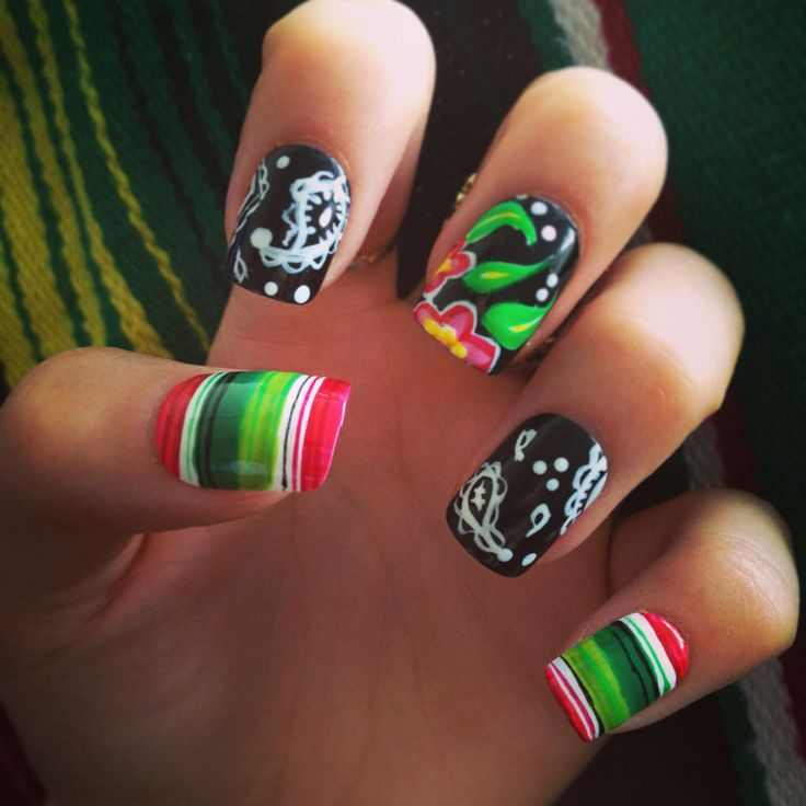 Nail Art. Paisley Nails, With Flowers And Mexican Blanket
