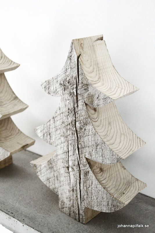 love these wood block christmas trees. #interior #decor #christmas