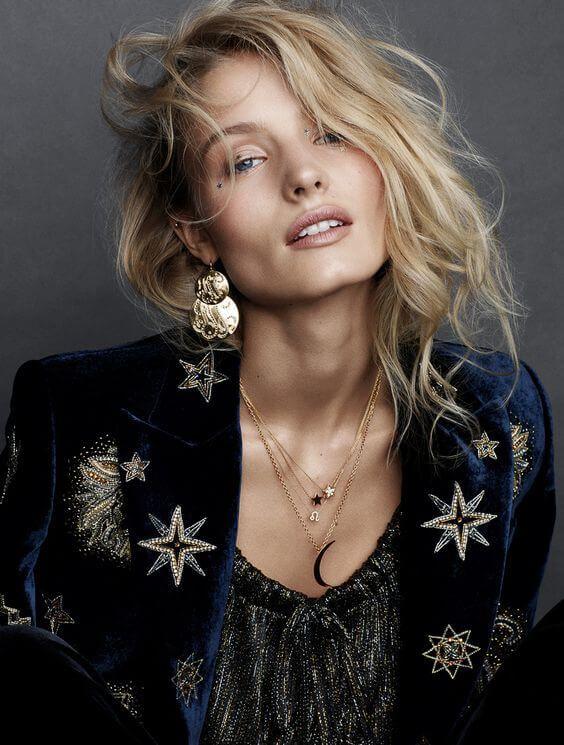 Feestdagen_Donkerblauw_Dark Blue_Navy_Blauw_Velvet_Fluweel_Gold_Goud_Stars_Sterren_Boho Chic_Christmas_Kerst_New Years_Oud en Nieuw_Fashion_Trend