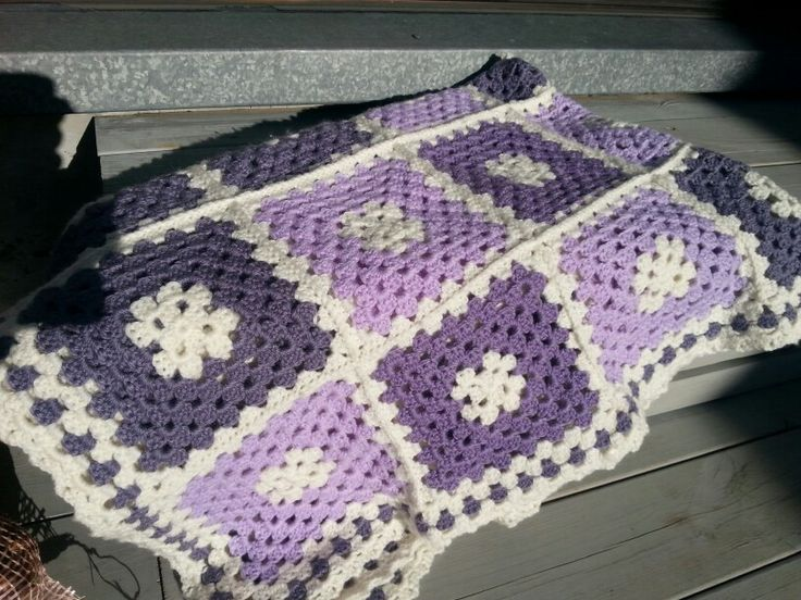 3 shades of lilac blanket