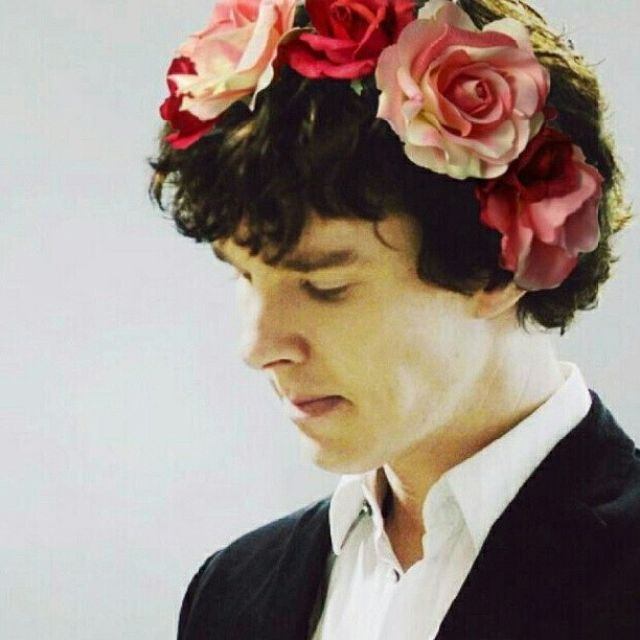 bbc, sherlock, benedict cumberbatch. I think he looks adorable with flowers in his hair don't you?!