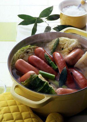 まるごとキャベツとソーセージのスープ煮   千葉道子さんのレシピ【オレンジページnet】プロに教わる簡単おいしい献立レシピ