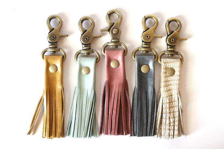 Leather Tassel Keychain - Leather Keychain - Key Fob - Tassel Keychain - by permanentbaggage on Etsy https://www.etsy.com/listing/188117615/leather-tassel-keychain-leather-keychain